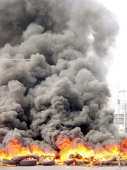 humo en protesta detripulantes